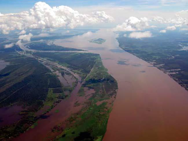 augas brancas río Amazonas