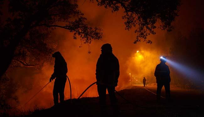 extinción de un incendio foretal