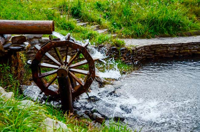 energia hidraulica ejemplos