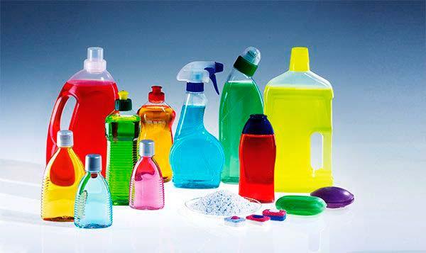 productos limpeiza con COVs