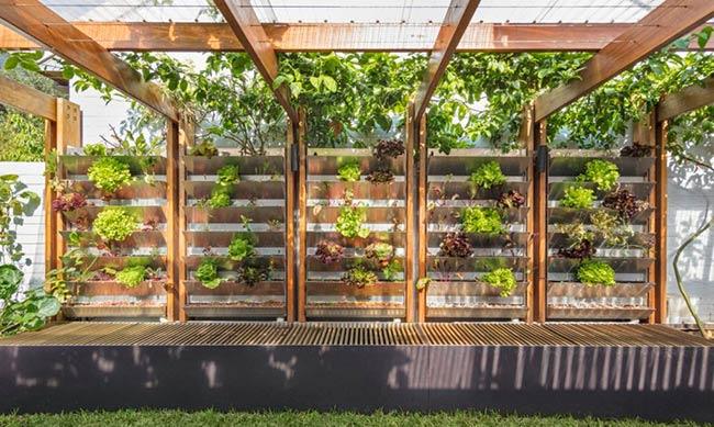 jardin vertical casa autosuficiente australiana