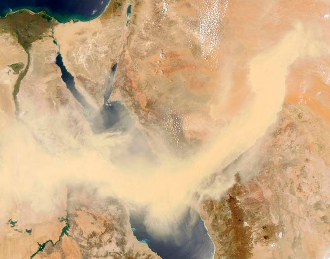 tormenta de arena vista satelite