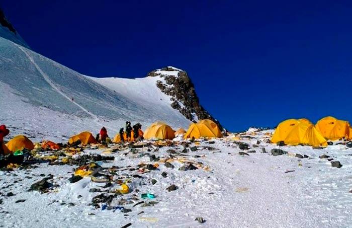 Everest es el basurero mas alto del mundo Portada